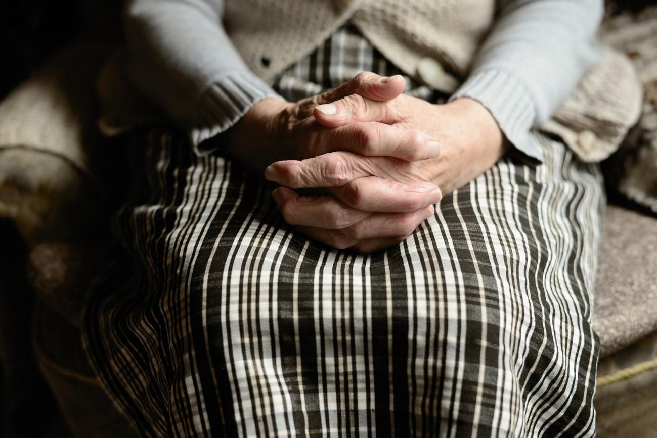 personas mayores y discriminación